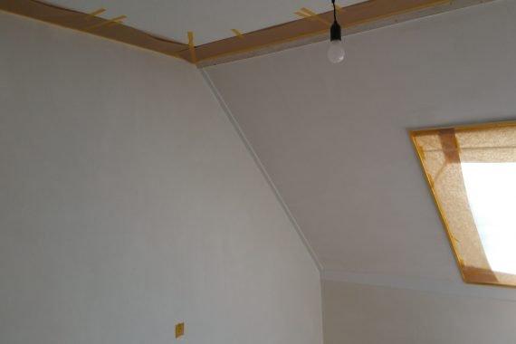 Afplakken slaapkamers voor latex spuiten