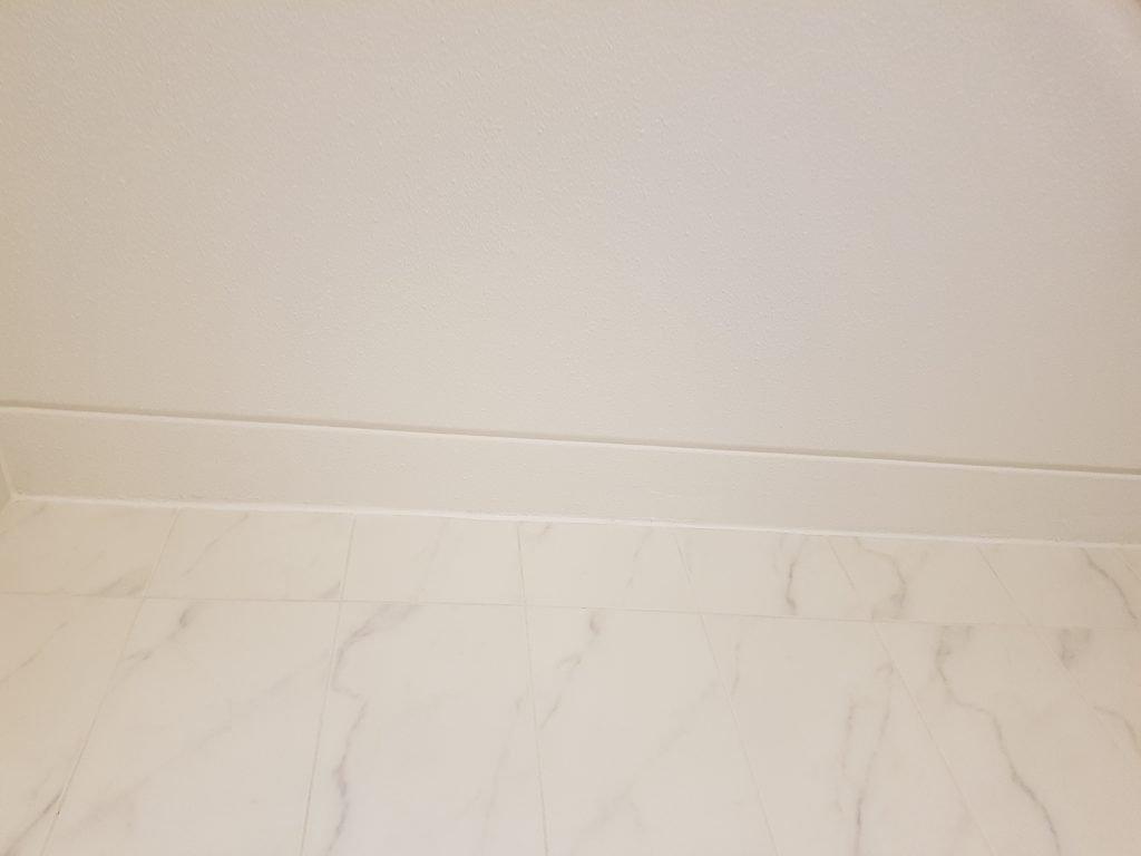 Latex spuiten en herstellen van krimscheuren in wanden en plafonds ...