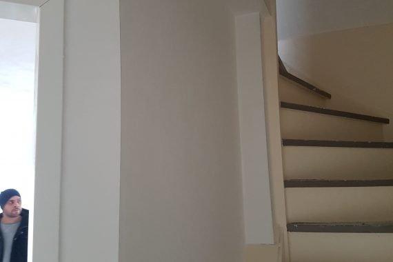 Trappenhuis voor latex spuiten