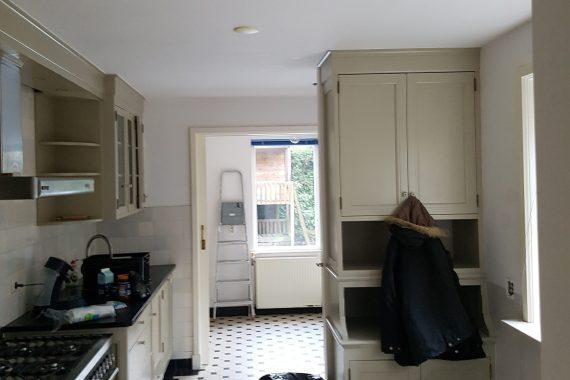 Keuken voor het latex spuiten