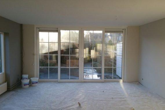 Wanden en plafonds na het latex spuiten