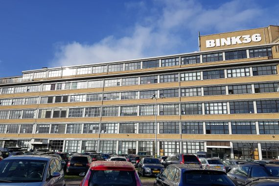 Latex spuiten kantoorunits in de Bink36 Den Haag