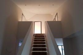 Latex spuitwerk van wanden en plafonds