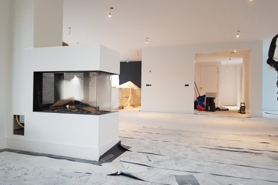 Wanden en plafonds nieuwbouwwoning na het Airless latex spuitwerk