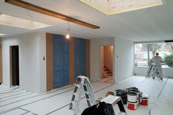 Muren en plafond voor het latexspuitwerk