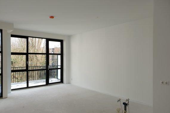 Wanden en plafonds nieuwbouwwoning na het latex spuiten