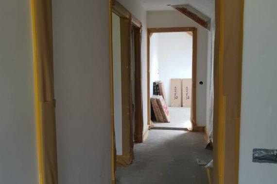 Wanden en plafond voor het latexspuiten