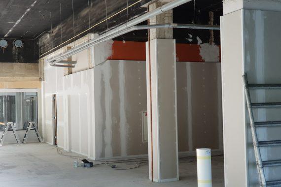 Wanden en plafonds voor industrieel latex spuiten