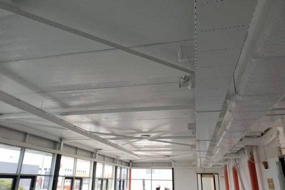 Eindresultaat latex gespoten plafonds
