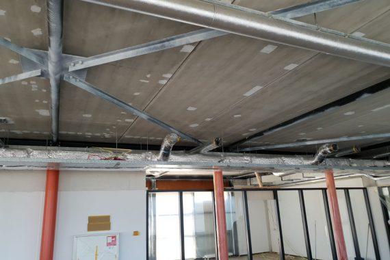 Plafonds voor het latex spuitwerk door Voordelig Latex Spuiten